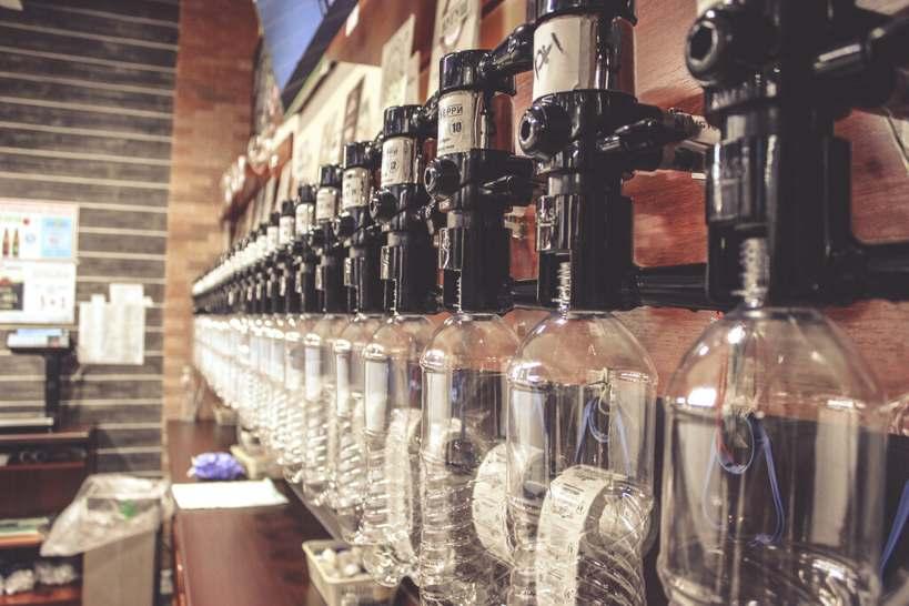 Пластиковые бутылки для пива