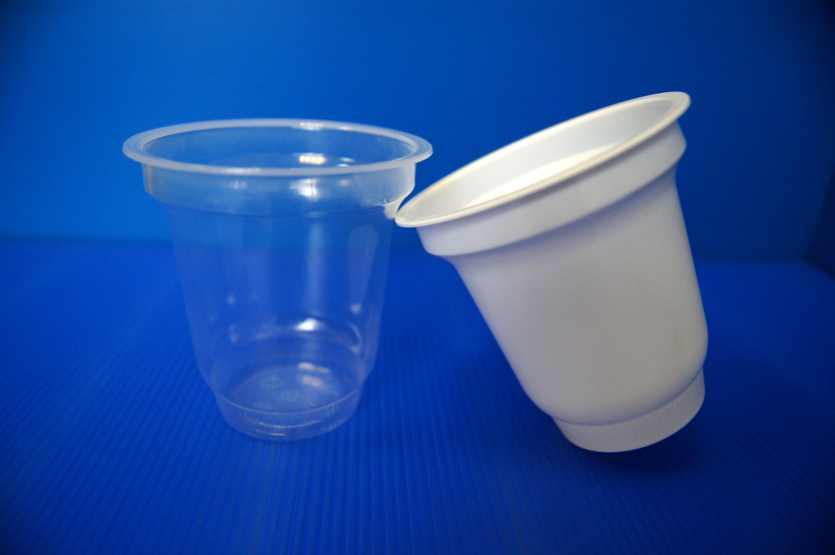 стаканы 100 мл., 150 мл.